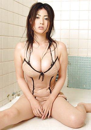 Big Japanese Tits Pics